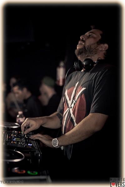 DJ-Tennis-TJ-1413