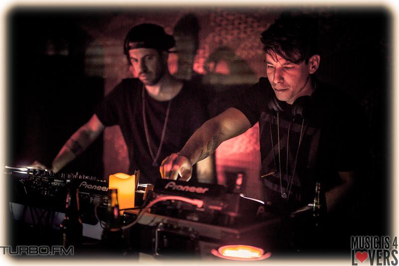 DJ-Tennis-TJ-2111