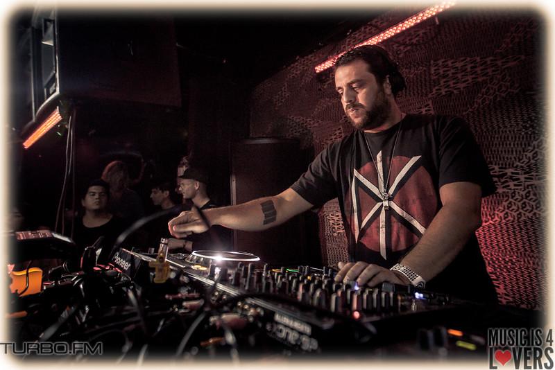DJ-Tennis-TJ-1270