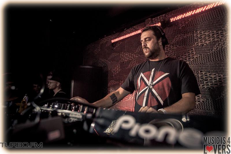 DJ-Tennis-TJ-1280