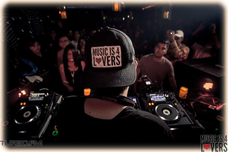 DJ-Tennis-TJ-0923