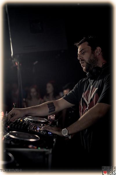 DJ-Tennis-TJ-1420