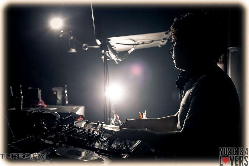 DJ-Tennis-TJ-0776