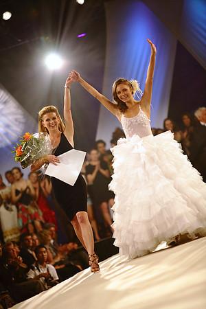 05-10 / Grande Première 2010 - Académie de Desing de Mode Richard Robinson - Couturière of the Year /