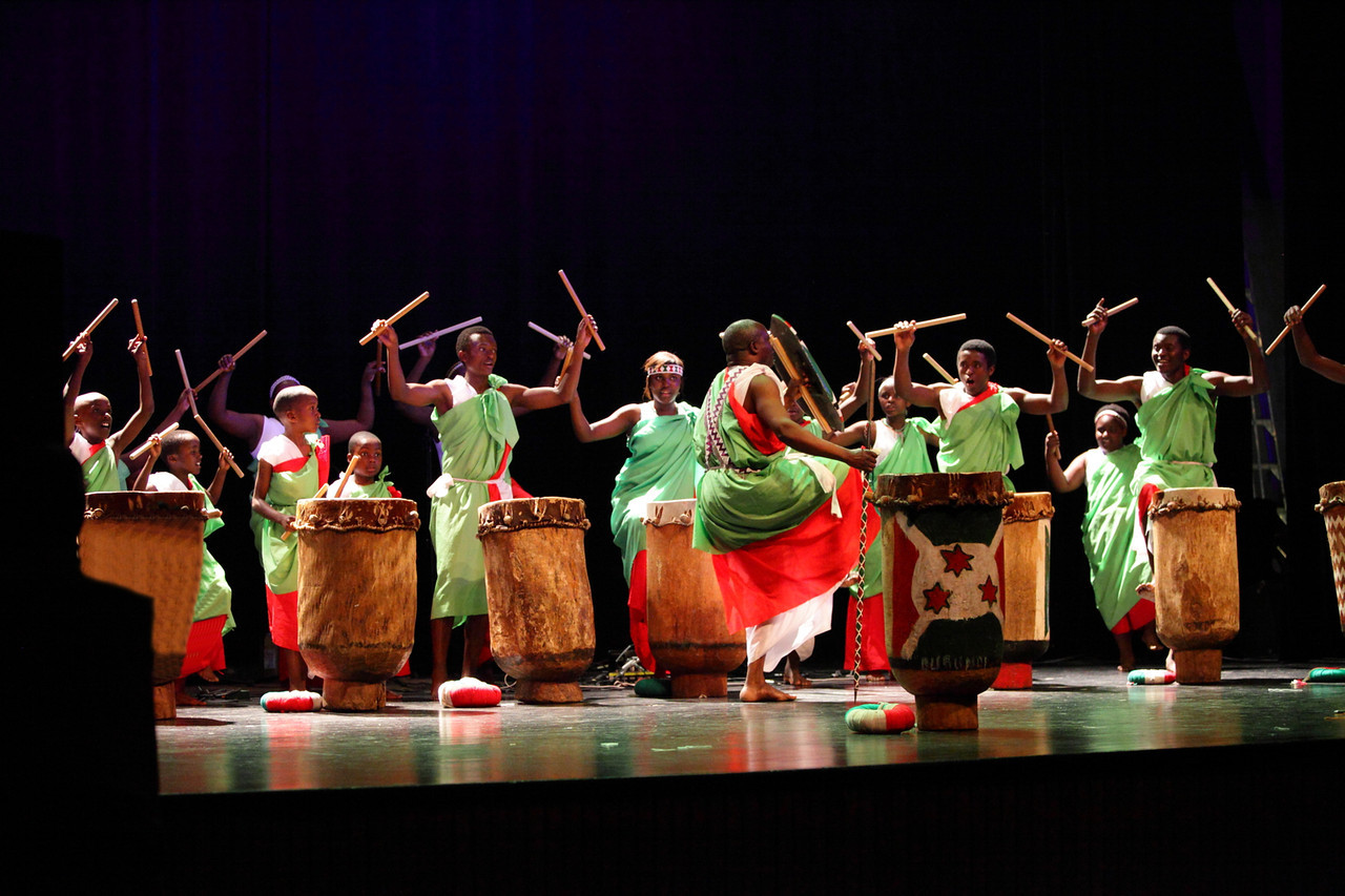 2010 Pre-African Festival Show    *****alainleury@hotmail.com for pricing***** 4x 6 = $2.50 / 5 x 7 = $5.00 / 8 x 10 = $8.00 / Image file = $20.00