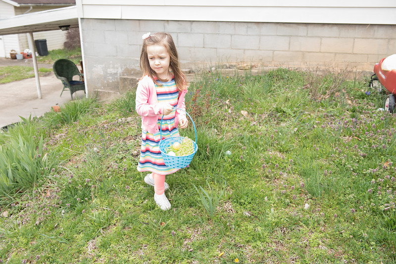 Mia Rose at Aunt Judy's house with family for Easter, near Point Pleasant, WV.  April 1, 2018.  (J. Alex Wilson)