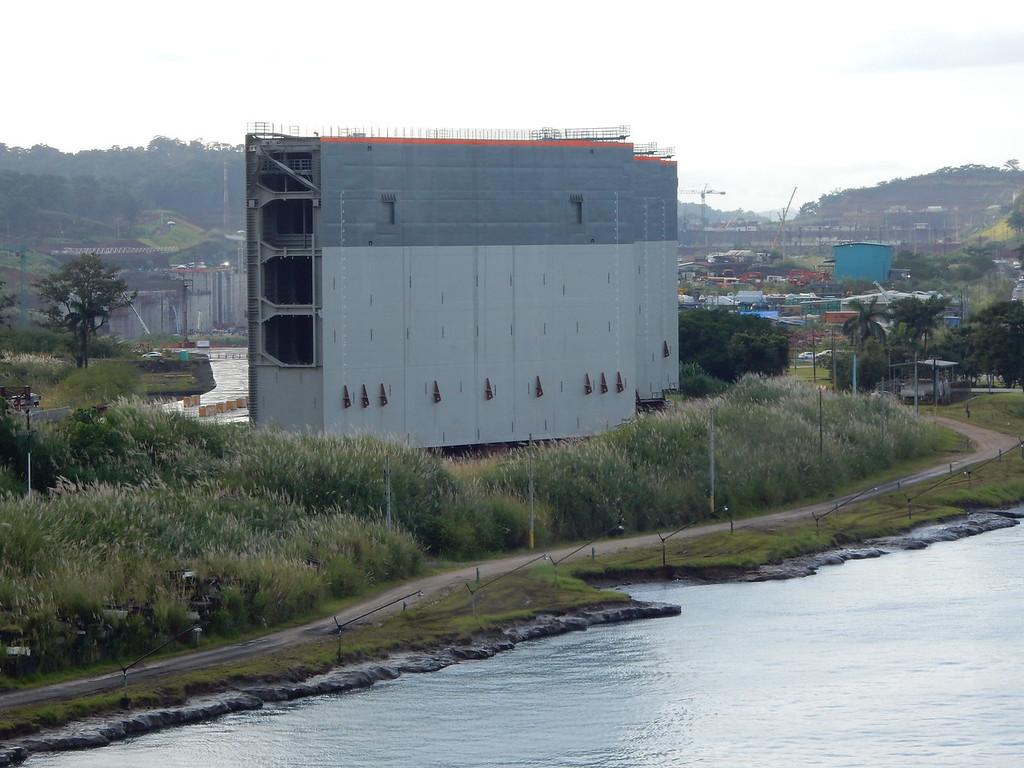New Lock Gates, Panama Canal