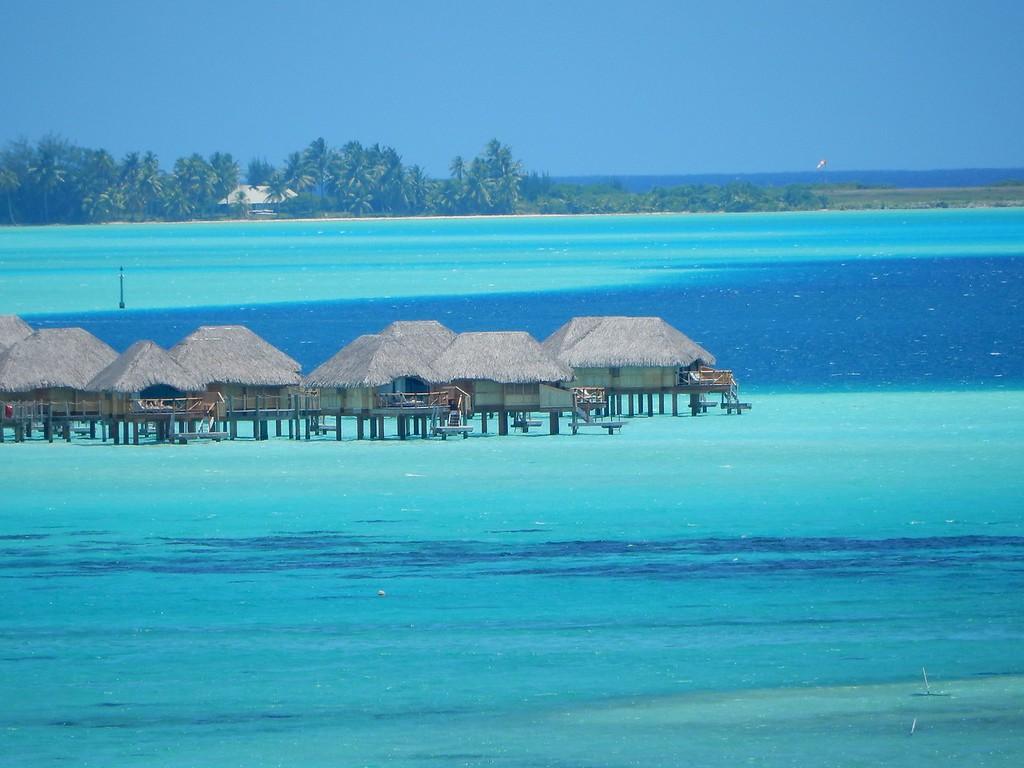 Bora Bora Motus