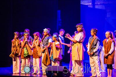 20171221_2017_5th_grade_musical_aladdin_10