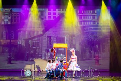 2018_5th_grade_musical_willy_wonka-27