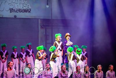2018_5th_grade_musical_willy_wonka-13