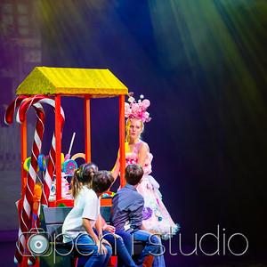 2018_5th_grade_musical_willy_wonka-26