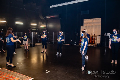 2021_drowsy_chaperone_practice-19