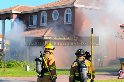 Miami Dade Fire Rescue Code 1 Working Fire (March 1, 2008)