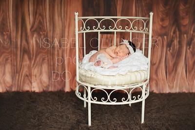IOP-Mia's Newborn-140