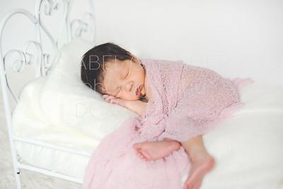 IOP-Mia's Newborn-124