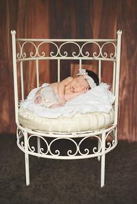 IOP-Mia's Newborn-136