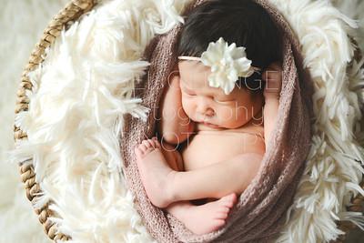 IOP-Mia's Newborn-133