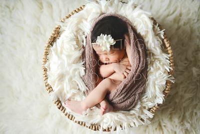 IOP-Mia's Newborn-129