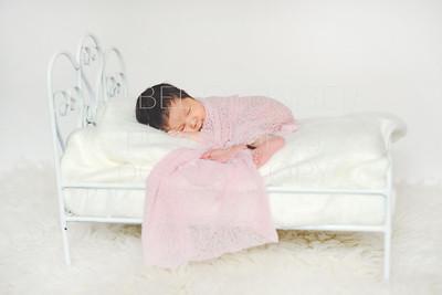 IOP-Mia's Newborn-119