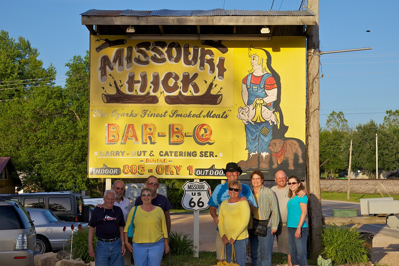 Day 3: Dinner at the famous Missouri Hick Bar-B-Q restaurant.