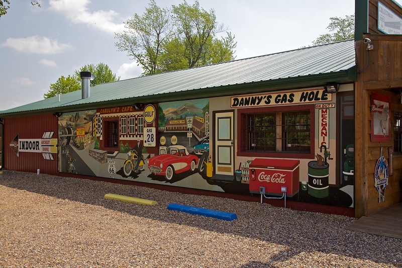Day 4: Mural on the gift shop in Fanning, MO.