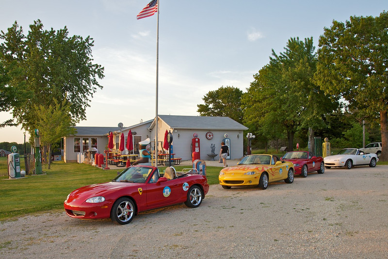 """Day 3: We scored an invitation to visit Bob's Gasoline Alley & Darlene's Diner, a private collection of automotive and roadside memorabilia.   <a href=""""http://www.thephotobooth.net/RoadTrips/BobsGasolineAlley/17388167_cmLf7Z#!i=1321791435&k=TQKTBd4"""" target=""""_blank"""">CLICK HERE FOR MORE PHOTOS OF OUR VISIT TO BOB'S GASOLINE ALLEY</a>"""