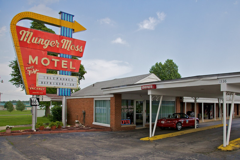 Day 4: Our overnight for day 4, the famous Munger Moss Motel in Lebanon, MO.