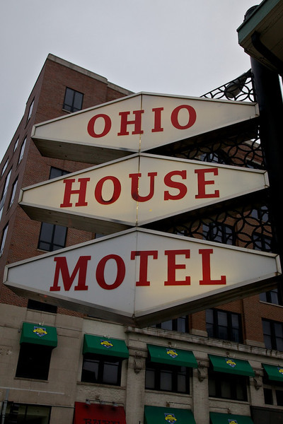 Day 1: We chose the Ohio House for our overnight in downtown Chicago.