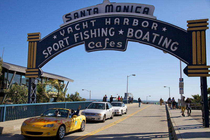 Day 14: Another shot of the famous Pier sign as we head over to the Will Rogers dedication plaque.