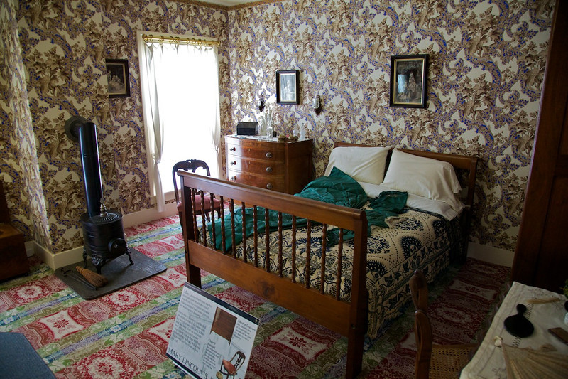 Day 2: Mary Lincoln's bedroom.  In the 1860's, separate bedrooms were common among the wealthy.
