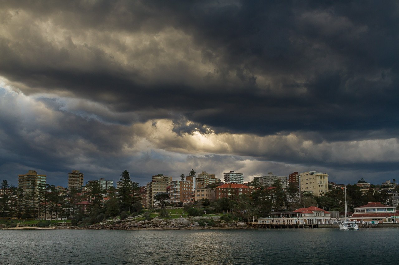 As we approached Manly the clouds were getting ominous and our car was parked on the hill behind all these flats – I'm going to get drenched!