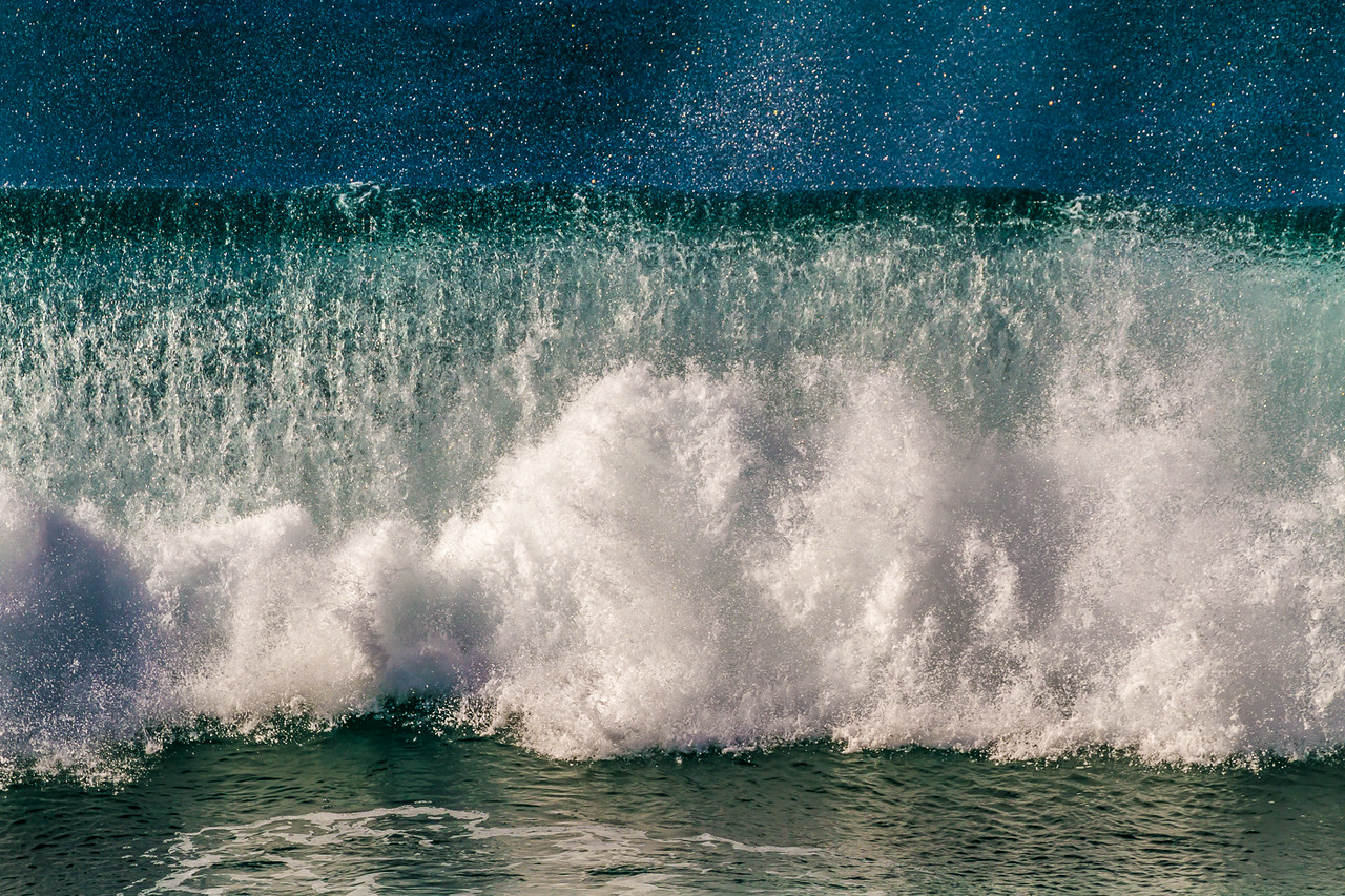 I love the pattern and texture of the waves and spray.