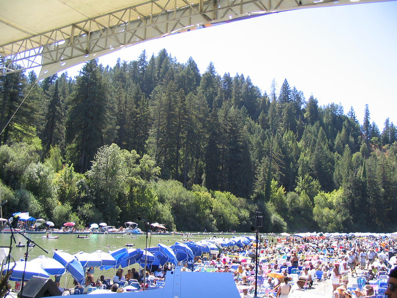 The incredible audience of the Russian River Jazz and Blues Festival that hang out all day in the sun.