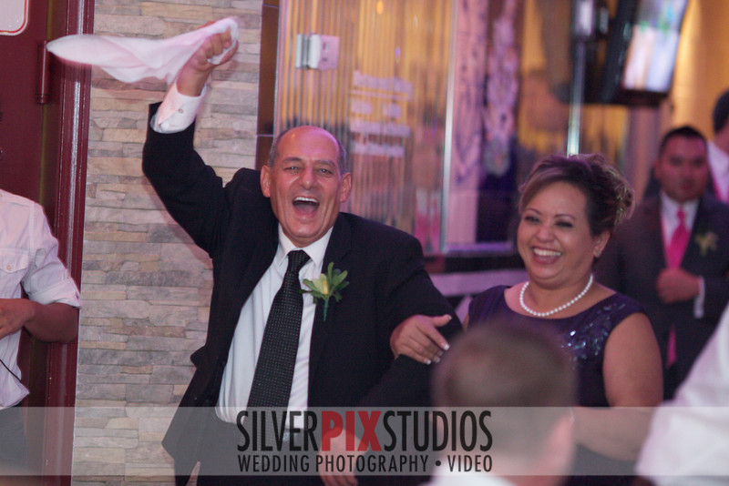 07-Entrances-and-First-Dance-Michael Sabbay 002