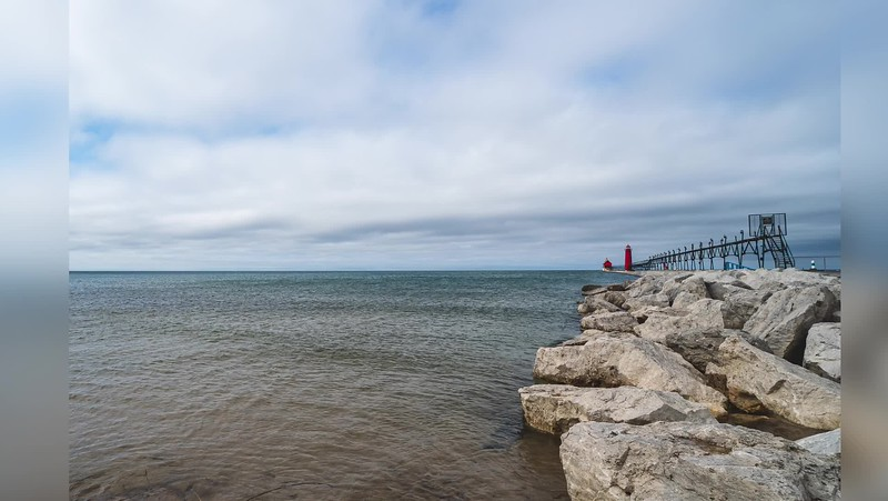 2019 Michigan: Grand Haven State Park in Grand Haven and Pere Marquette Park in Muskegon Photo Slideshow