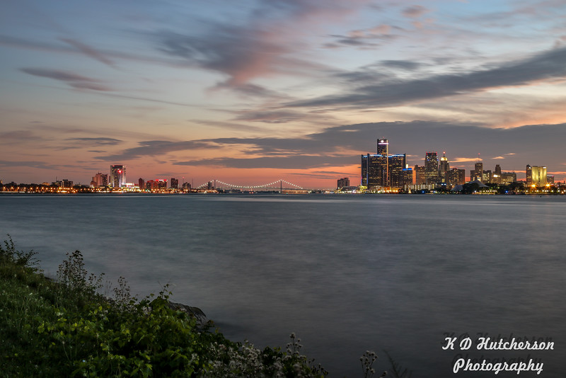 Sunset view of Windsor, ON and Detroit, MI