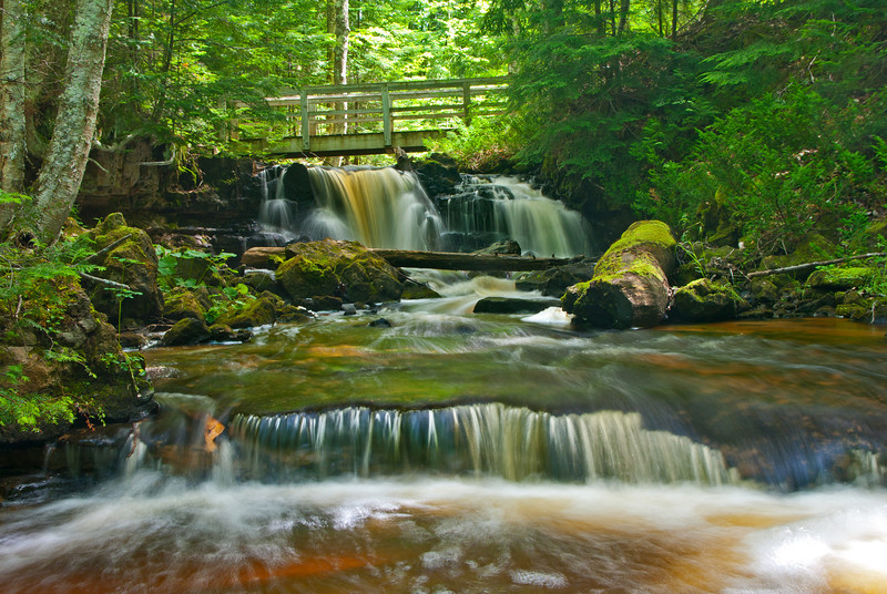 A footbridge crosses Section 34 Creek along the trail to Chapel Beach  in the Pictured Rocks National Lakeshore.