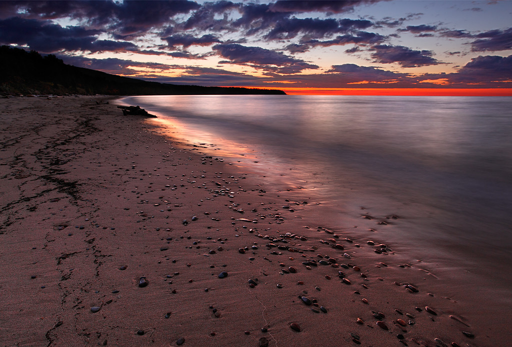 Speckled Shores - Union Bay (Porcupine Mountains State Park - Upper Michigan)