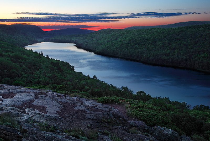 Dawn's Subtleness - Lake of The Clouds (Porcupine Mountains State Park - Upper Michigan)