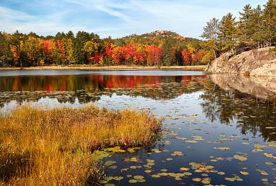 Autumn Rise - Wetmore Pond (Huron Mountains - Upper Michigan)