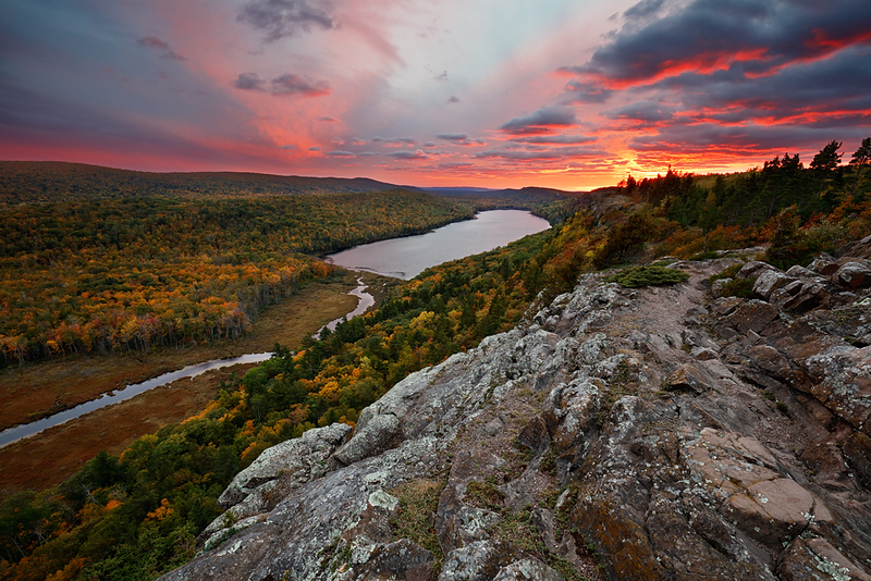 Pink Passion - Lake of the Clouds (Porcupine Mountains State Park - Upper Michigan)