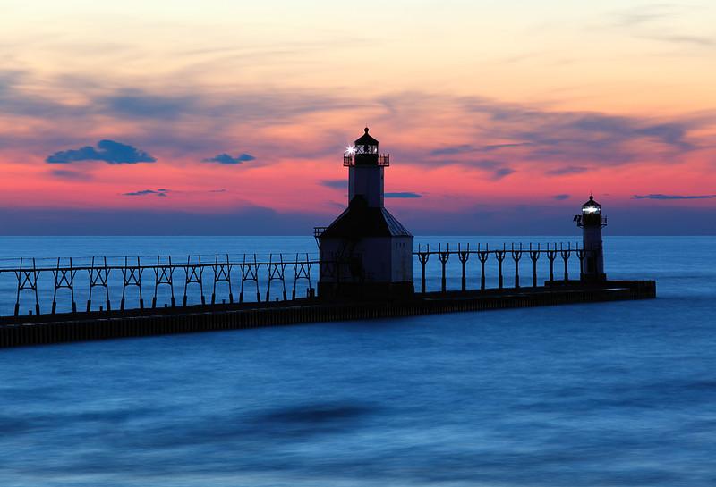 Dissolving Light - St. Joseph North Pierhead Lights (St. Joseph, MI)