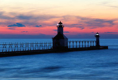 Dissolving Light - St. Joseph North Pierhead Lights (St. Joseph, MI)