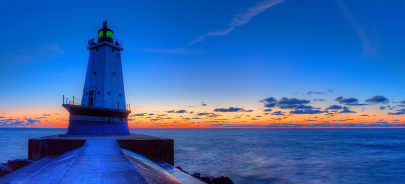 Last Light in Ludington (panorama)
