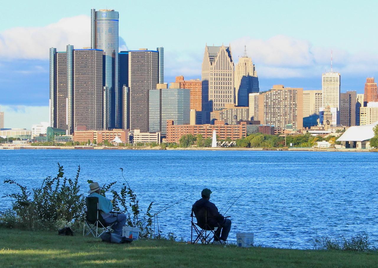 Fishing the Detroit River