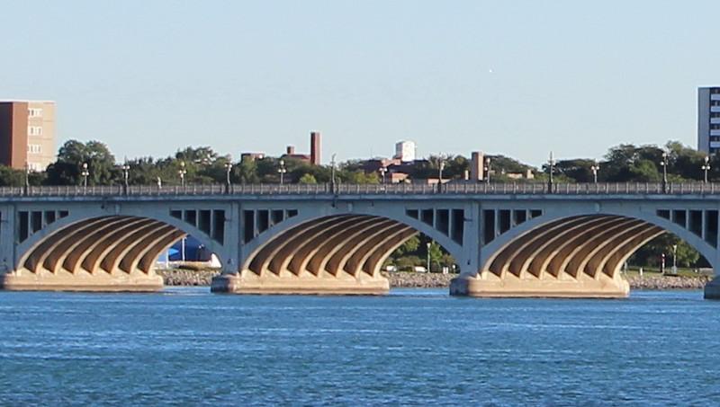 MacArthur Bridge Structure