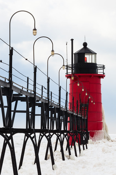 South Haven catwalk and pierhead light. South Haven, MI<br /> <br /> MI-090125-0127