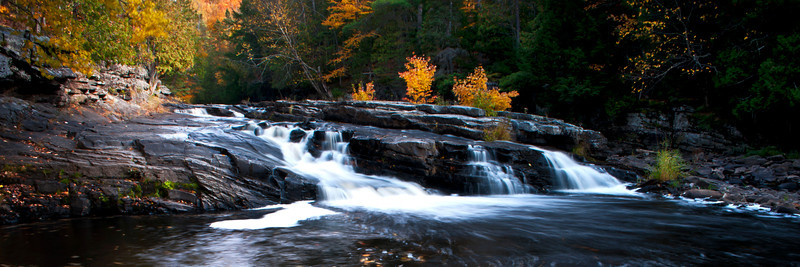 MI 192                          Autumn at Lower Canyon Falls on the Sturgeon River in M ichigan's Upper Peninsula.