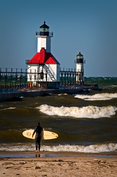 MI 043                       A very windy day at the St. Joseph lighthouse on Lake Michigan.